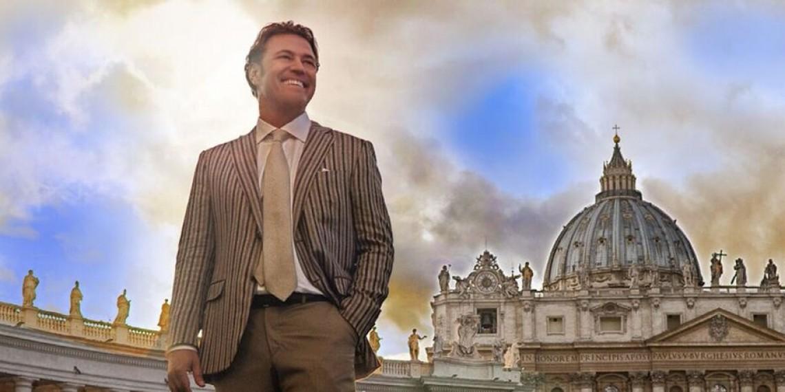 Pasquale Esposito Celebrates Italian Piazza